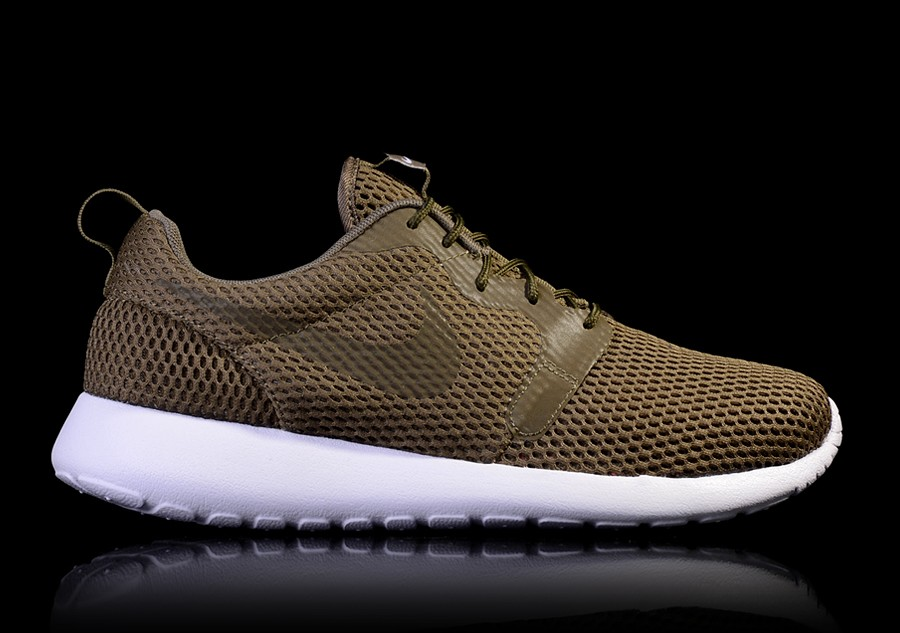 NIKE ROSHE ONE HYPERFUSE BR MEDIUM OLIVE WHITE pour </p>                     </div> 		  <!--bof Product URL --> 										<!--eof Product URL --> 					<!--bof Quantity Discounts table --> 											<!--eof Quantity Discounts table --> 				</div> 				                       			</dd> 						<dt class=