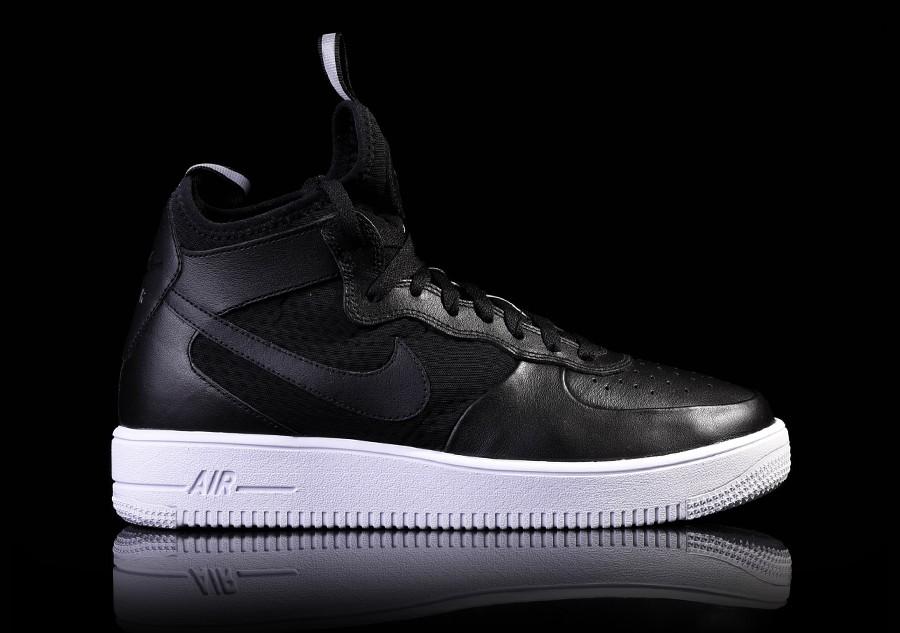 Nike Air Ultraforce Mid