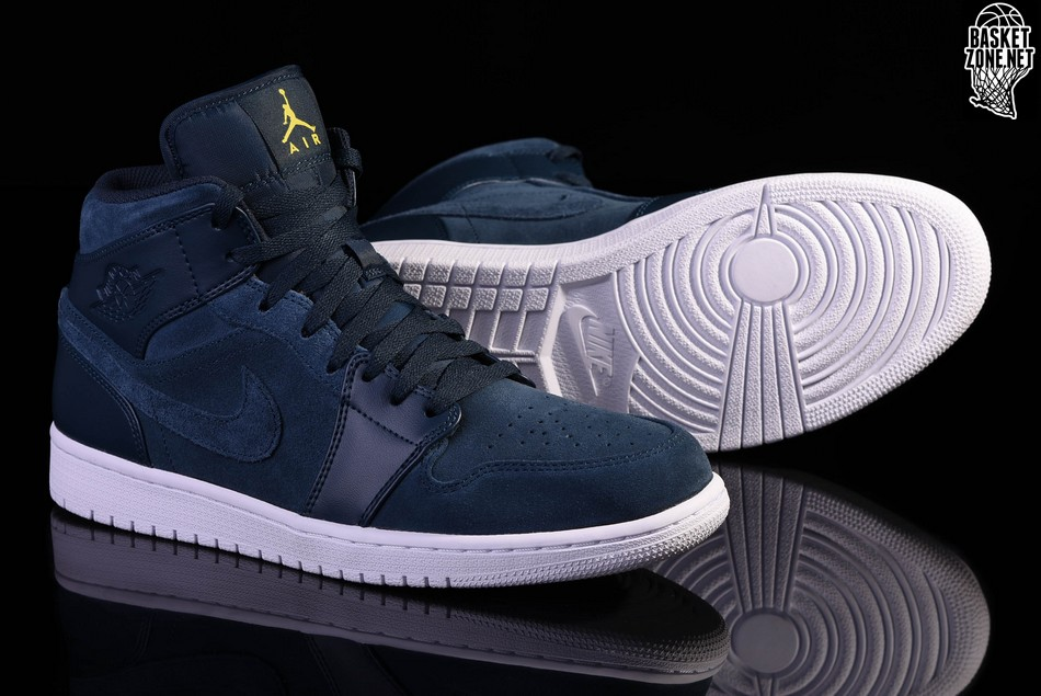 timeless design 18902 7f748 NIKE AIR JORDAN 1 RETRO MID ARMORY NAVY. 554724-421. PRICE