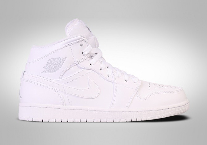 e02c1e2893bb8d NIKE AIR JORDAN 1 RETRO MID WHITE voor €99