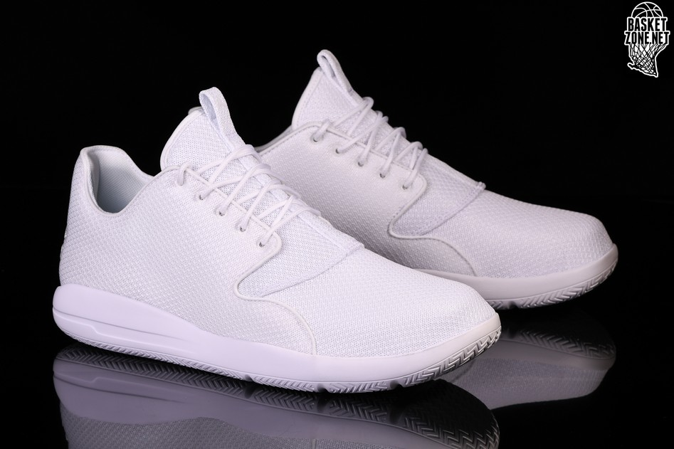 aee64cd3998cd2 NIKE AIR JORDAN ECLIPSE TRIPLE WHITE per €92