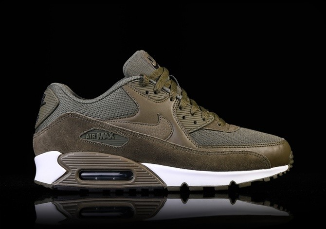 super cute d2d3f 68fdb NIKE AIR MAX 90 ESSENTIAL MEDIUM OLIVE für $129,00 | Basketzone.net