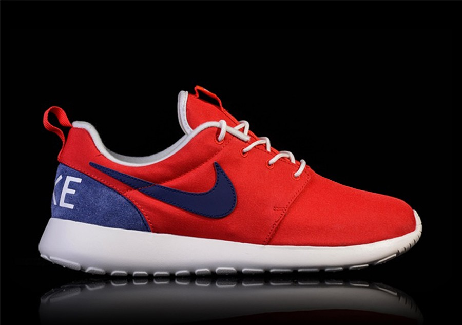 f5cd9c68949f4 NIKE ROSHE ONE RETRO UNIVERSITY RED LOYAL BLUE-SAIL price €89.00 ...