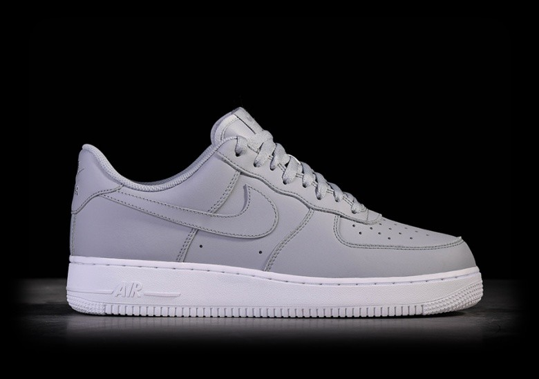 nike air force biały with czarny tick