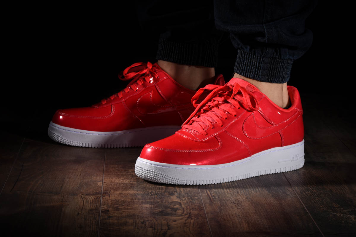NIKE AIR FORCE 1 '07 LV8 UV for £95.00 |