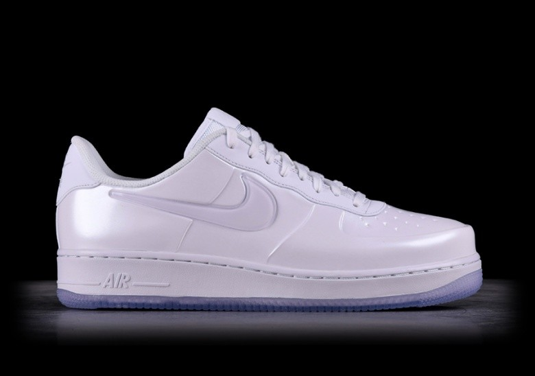 cheap for discount bee02 288c7 NIKE AIR FORCE 1 FOAMPOSITE PRO CUP TRIPLE WHITE