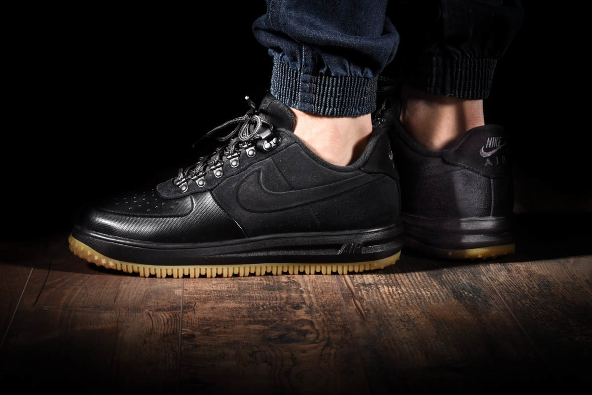 NIKE LUNAR FORCE 1 DUCKBOOT LOW for