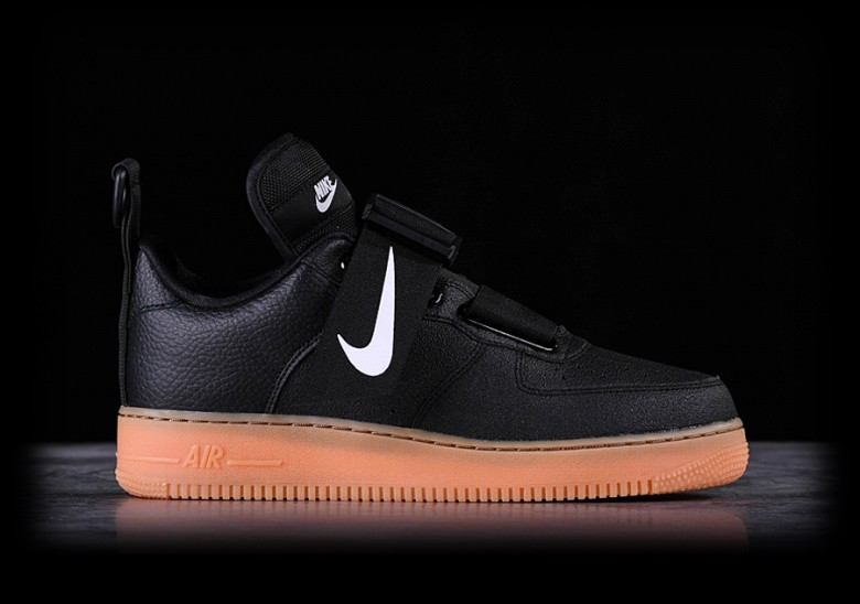 2382a545e5d5 NIKE AIR FORCE 1 UTILITY BLACK pour €135