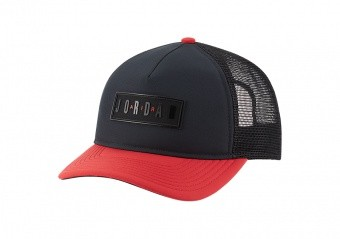 NIKE AIR JORDAN JUMPMAN AIR CLASSIC99 TRUCKER CAP BLACK GYM RED