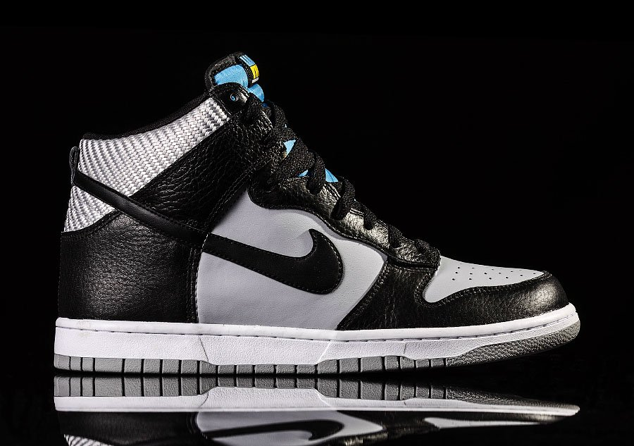 https://nl.basketzone.net/zdjecia/zdjecia/2015/03/17/NIKE_DUNK_HIGH_317982-047.jpg